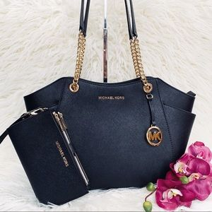 NWT Michael Kors Chain Shoulder Tote & Wristlet